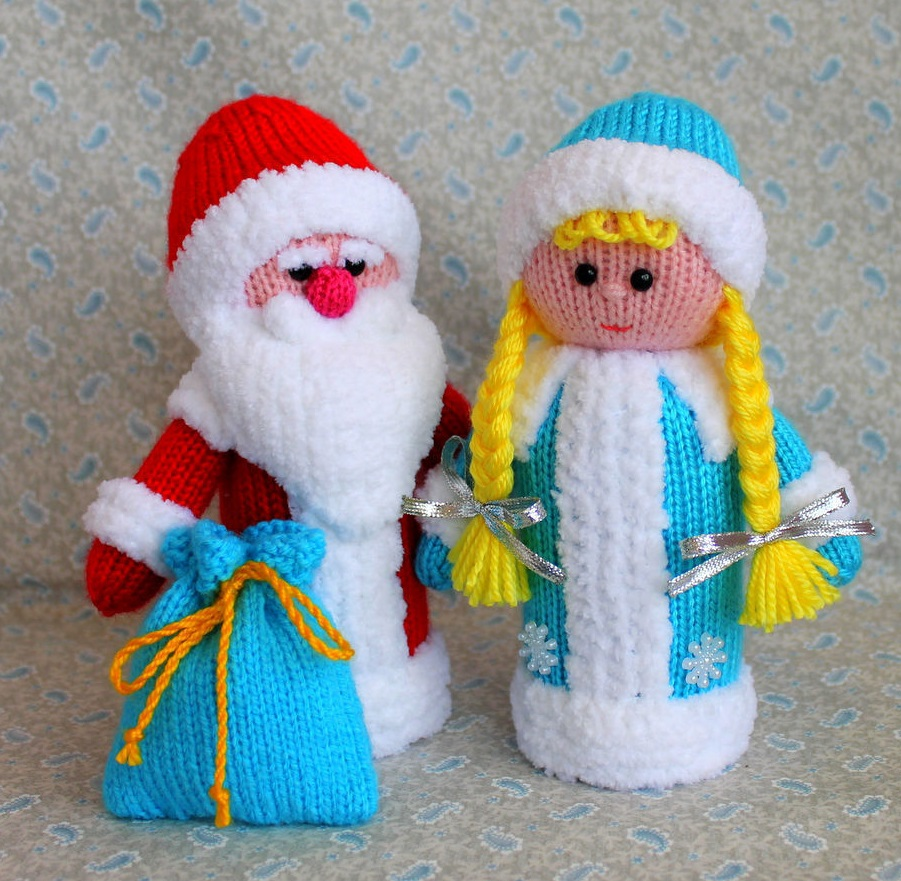 Вязаные игрушки «Дед Мороз и Снегурочка»
