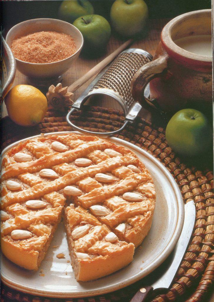 Яблочный пирог по бабушкиному рецепту