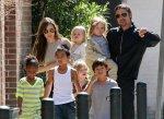 Анджелина вместе со своей семьей